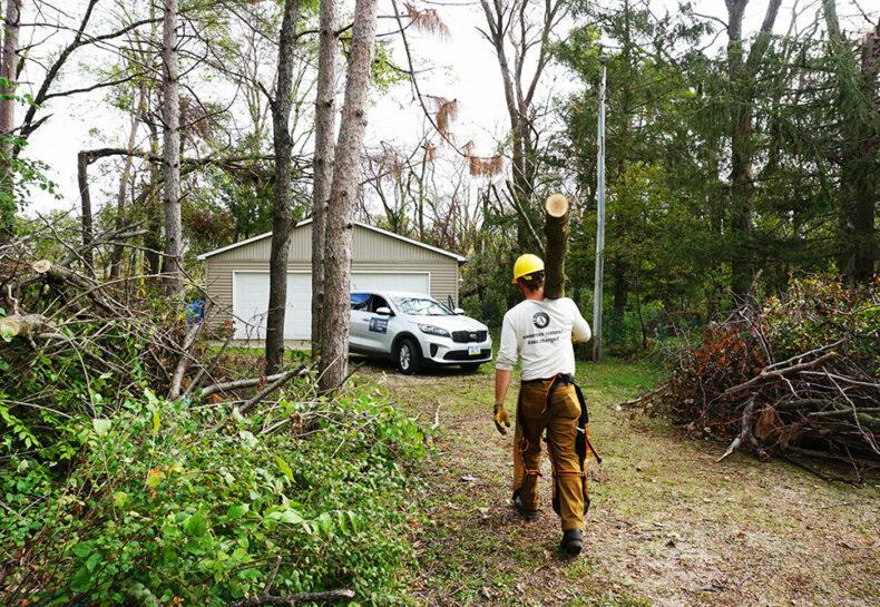 Conservation Corps Minnesota & Iowa Deploys Crew for Derecho Clean-up in Iowa